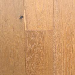 European-Oak-Malibu-Newport-Sample