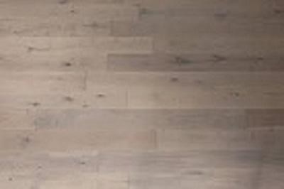 Royal Oak Flooring – Antique White1