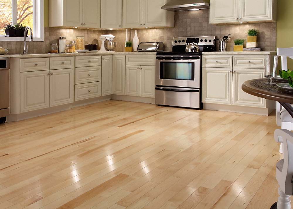 Clearance for solid wood flooring kapriz hardwood for Solid oak wood flooring sale